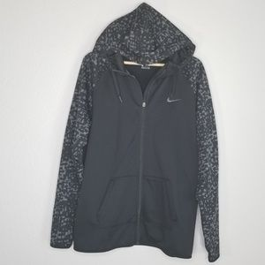 Nike dri fit black hooded print jacket M51